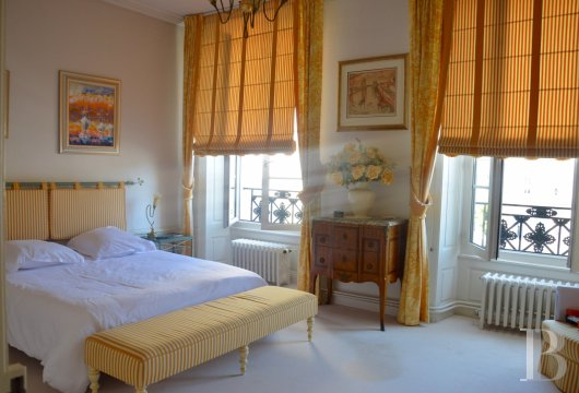 mansion houses for sale France pays de loire   - 12