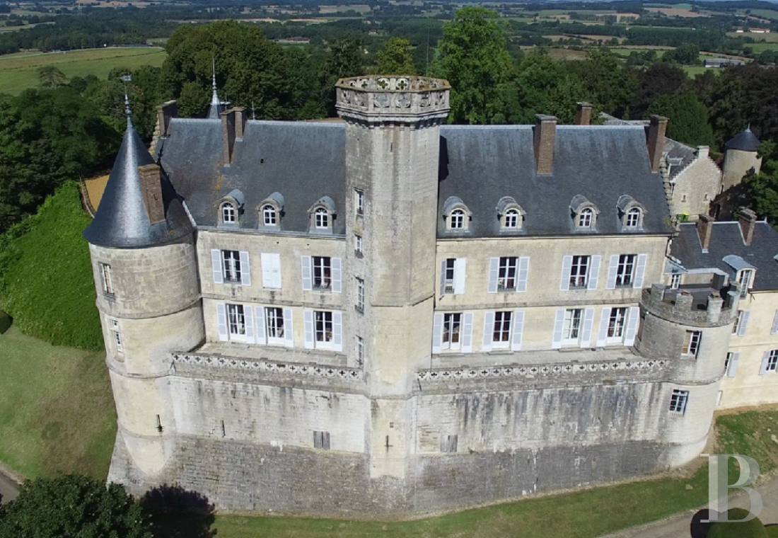 A chateau with a long and captivating history,  watching over the entrance to the Perche Sarthois - photo  n°4