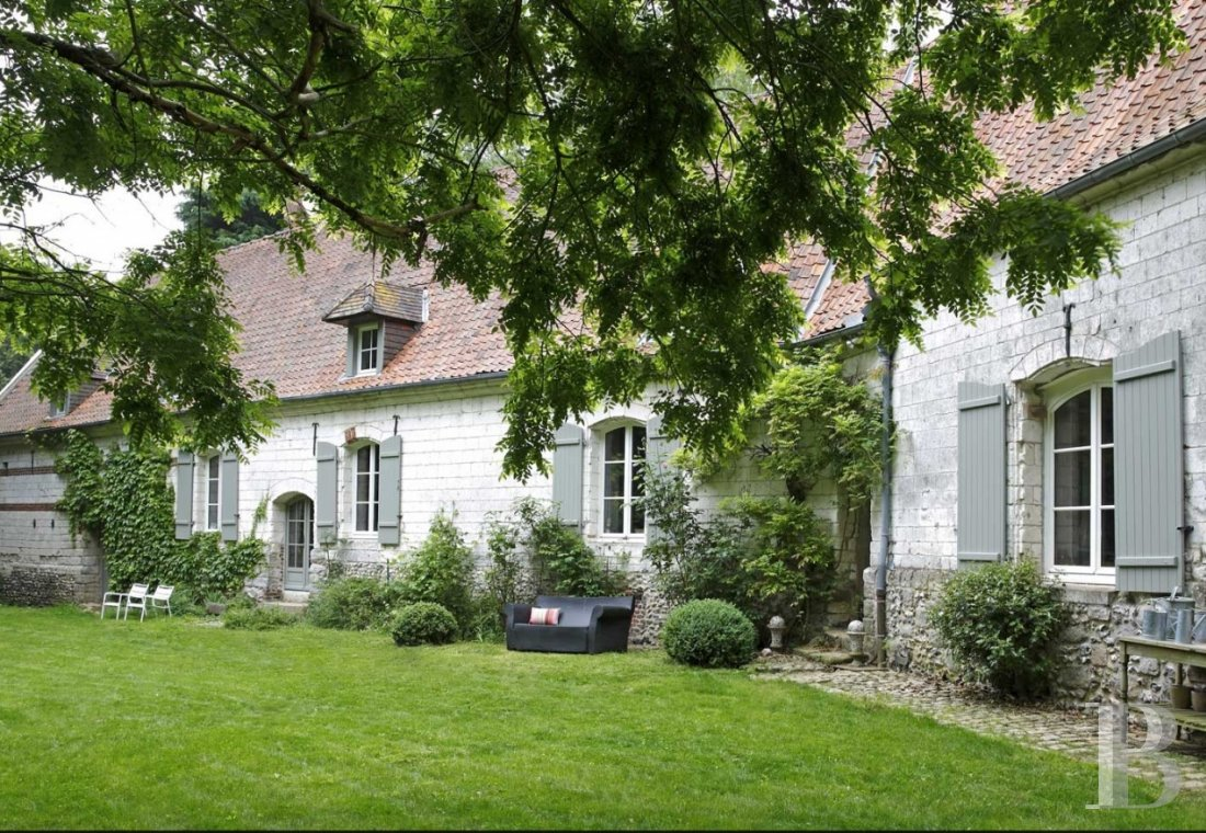 A manor house in the middle of a wood to the east of Le Touquet - photo  n°1
