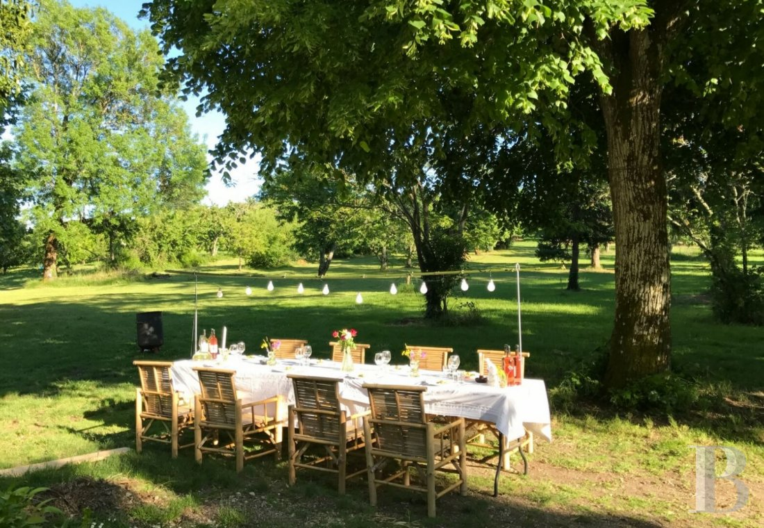 A 19th century mansion and guest rooms surrounded by orchards in the Dordogne, halfway between Bergerac and Libourne - photo  n°7