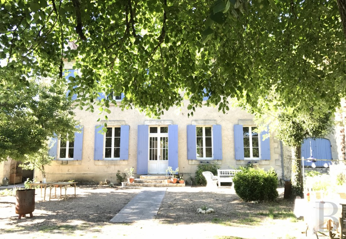 A 19th century mansion and guest rooms surrounded by orchards in the Dordogne, halfway between Bergerac and Libourne - photo  n°8