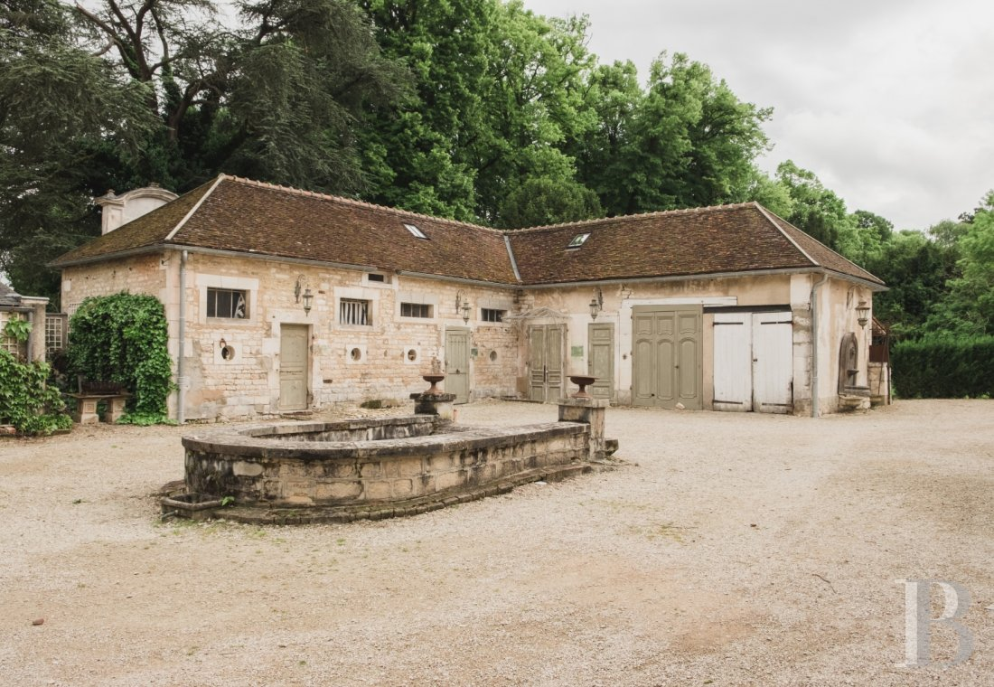 An 18th century estate open for holidays on the banks of the Yonne, to the south of Auxerre - photo  n°30