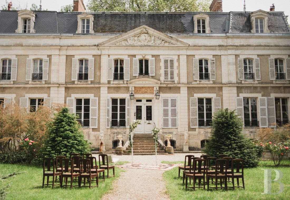 An 18th century estate open for holidays on the banks of the Yonne, to the south of Auxerre - photo  n°2