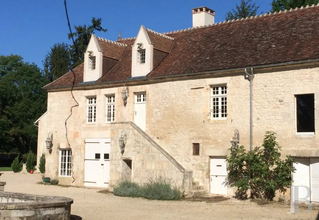 An 18th century estate open for holidays on the banks of the Yonne, to the south of Auxerre - photo  n°34