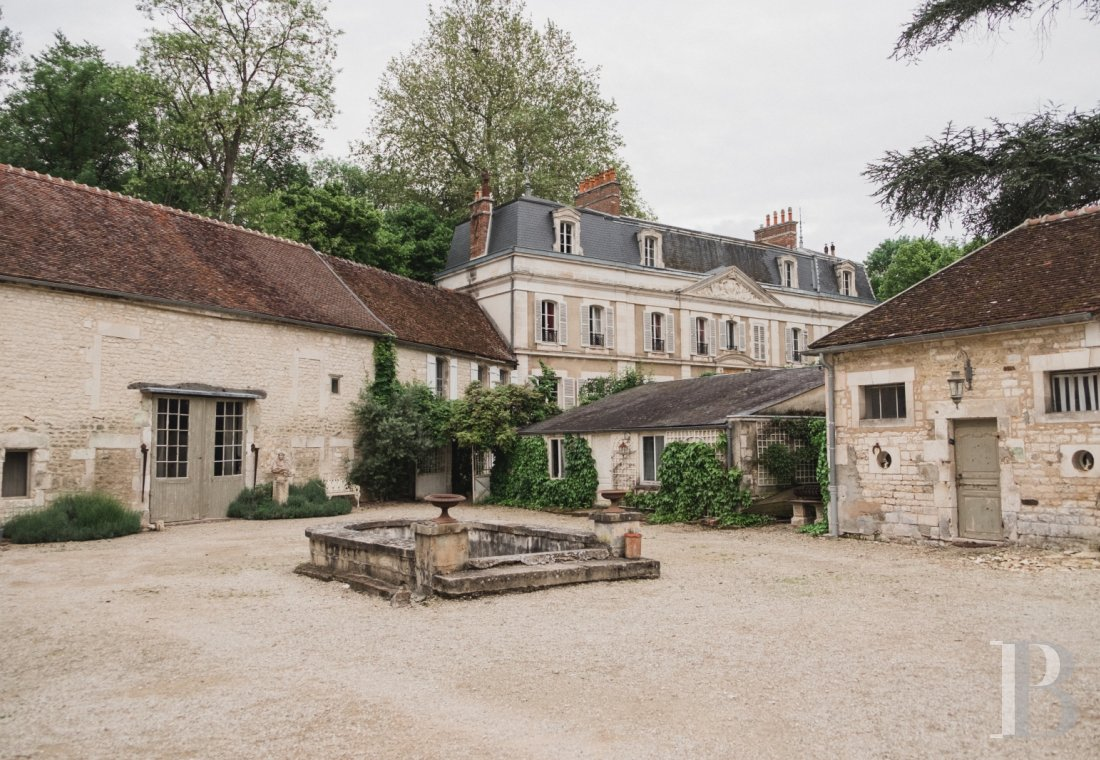An 18th century estate open for holidays on the banks of the Yonne, to the south of Auxerre - photo  n°27