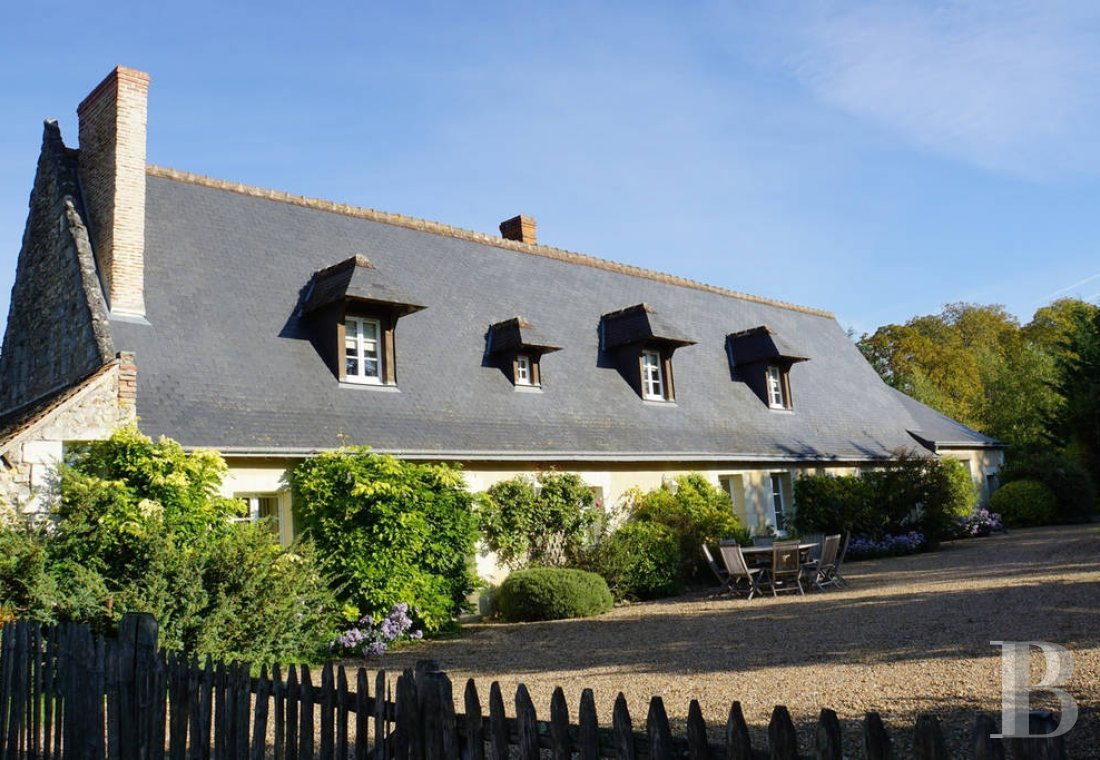 A farm converted into a holiday cottage on an estate classified as a Historic Monument, near to Tours - photo  n°6
