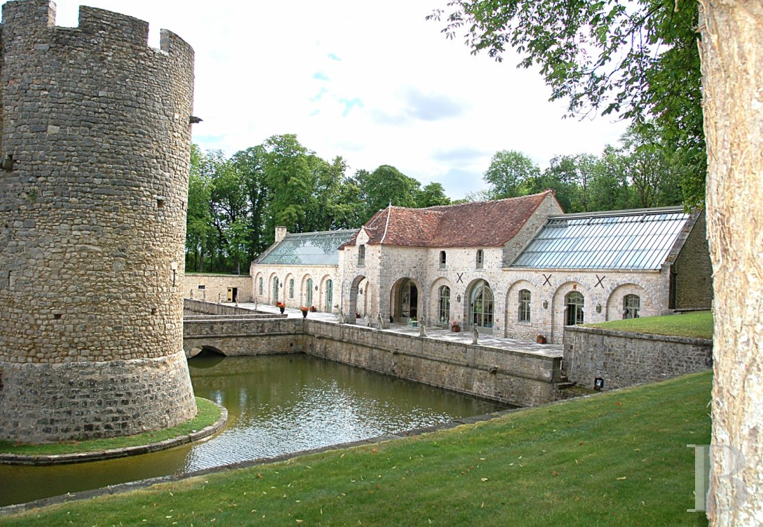 A medieval fortress transformed into a fairy tale castle  in Essonne, less than an hour from Paris - photo  n°13
