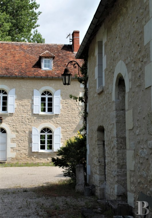 character properties France center val de loire   - 3