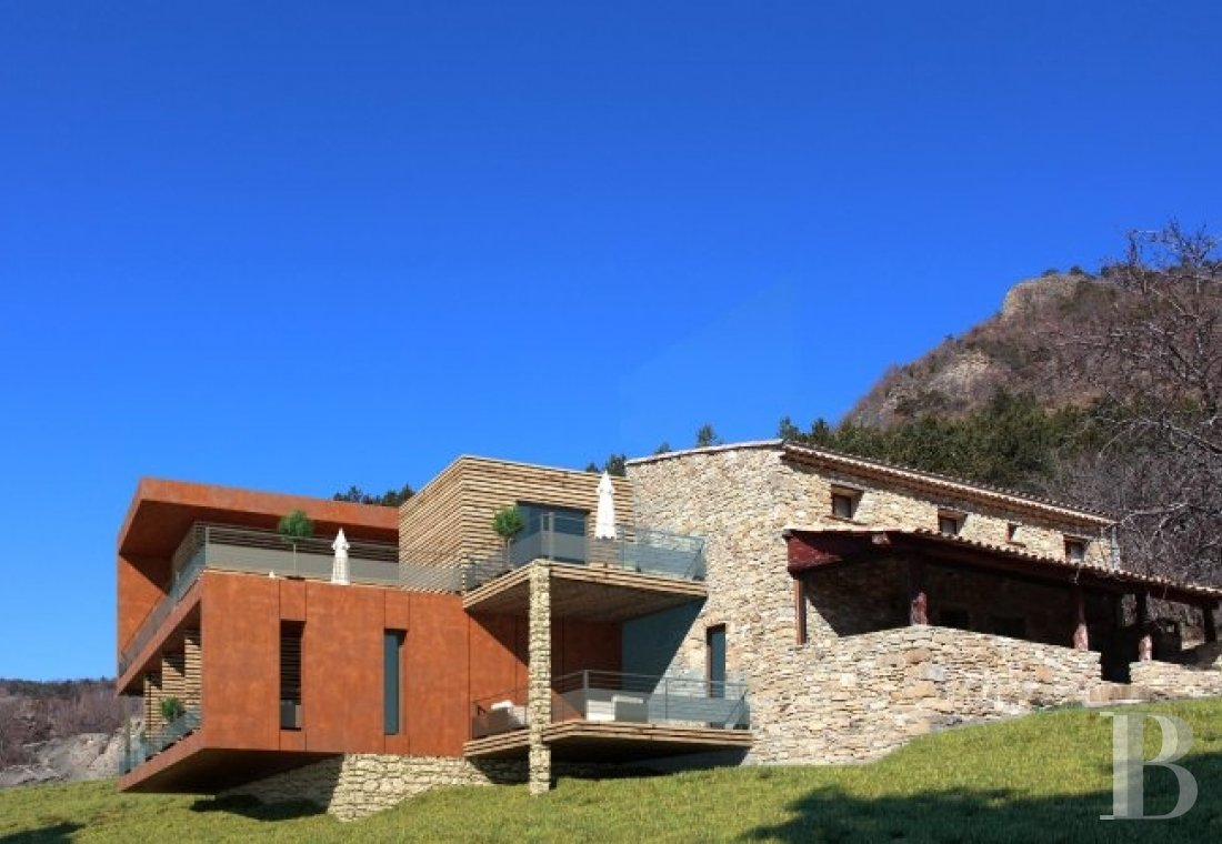 An 18th century hamlet with a contemporary spirit, surrounded by mountains in Drôme Provençale - photo  n°4