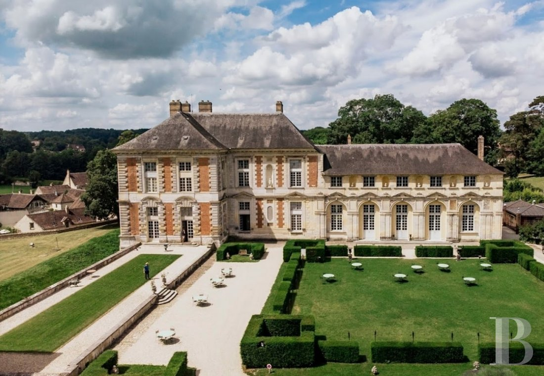 A princely chateau dedicated to organising luxurious events  to the north of the Yvonne, not far from Paris - photo  n°7