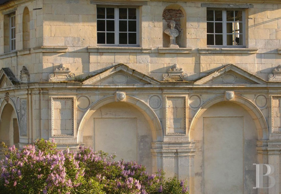 A princely chateau dedicated to organising luxurious events  to the north of the Yvonne, not far from Paris - photo  n°6