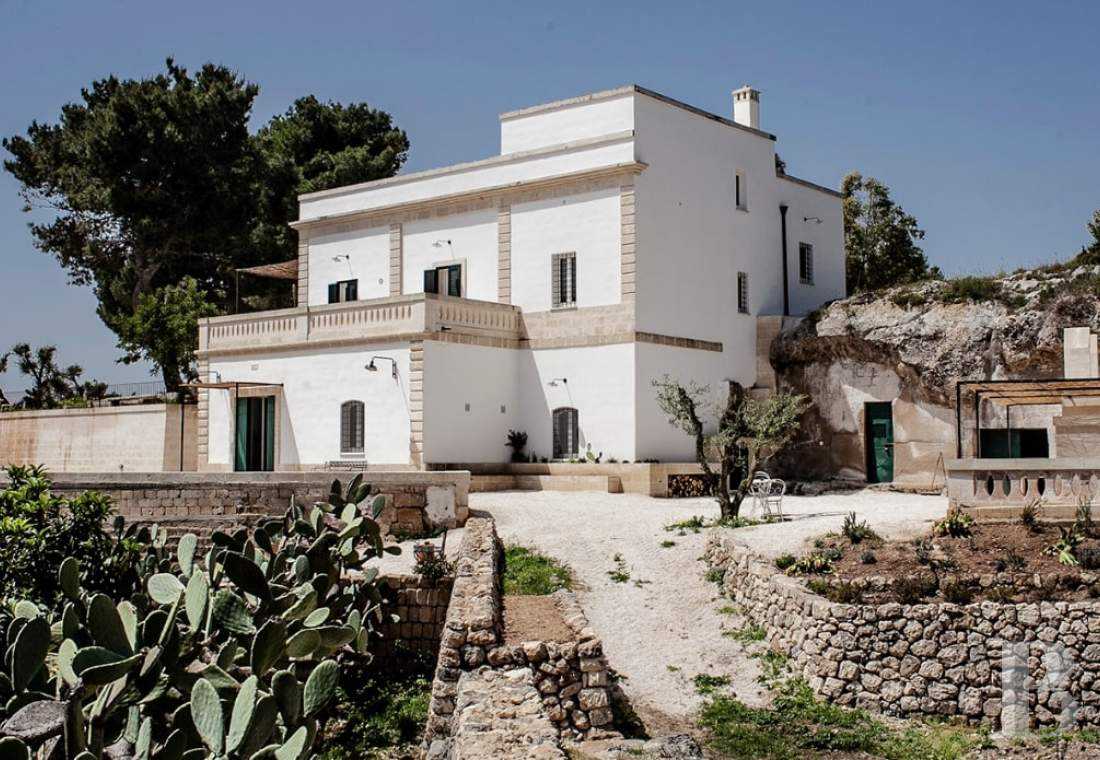 An old patrician-style masseria in Puglia, not far from Massafra - photo  n°1