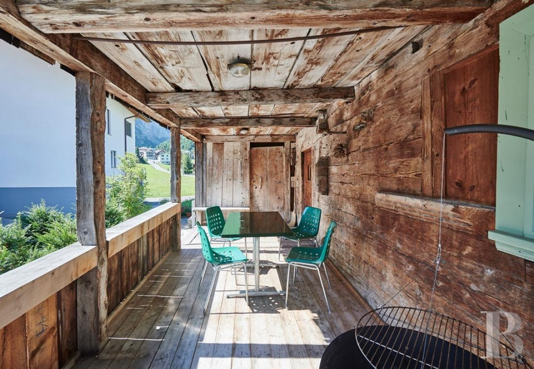 A 15th century farmhouse converted into a gîte nestled in the Schächen valley in the Swiss Canton of Uri - photo  n°2