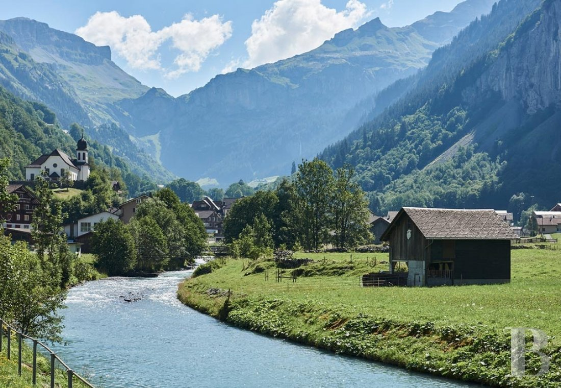 A 15th century farmhouse converted into a gîte nestled in the Schächen valley in the Swiss Canton of Uri - photo  n°7