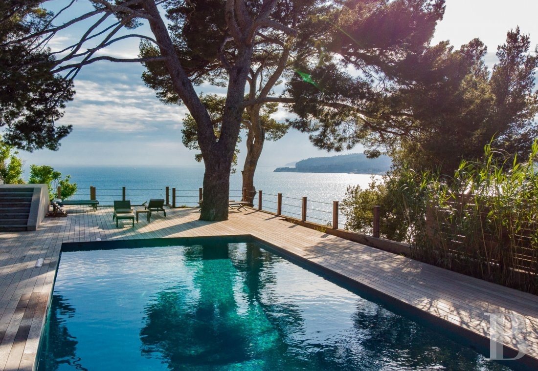 A estate with sixty hectares of land and only the Mediterranean on the horizon in Cassis - photo  n°6