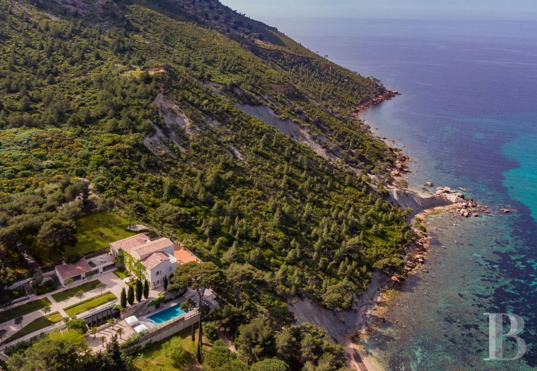 A estate with sixty hectares of land and only the Mediterranean on the horizon in Cassis - photo  n°29