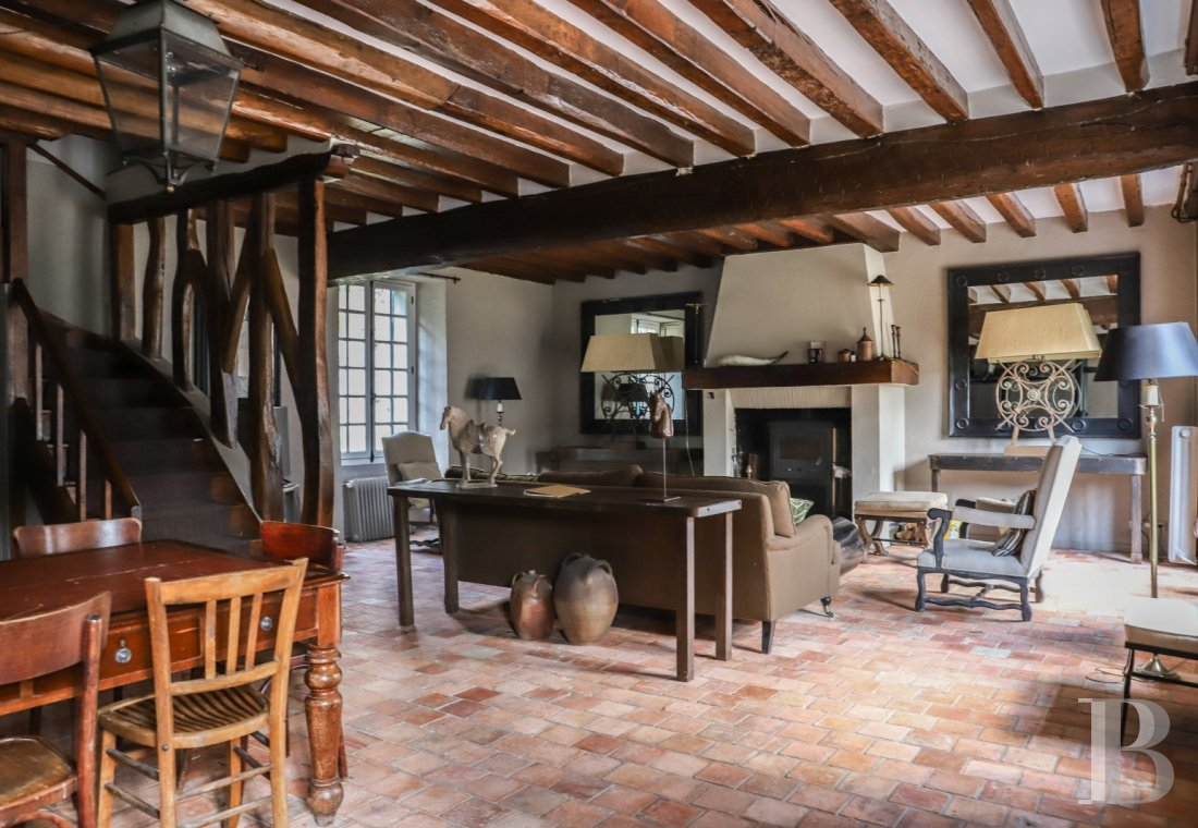A former water mill at the heart of a vast equestrian estate in the Chevreuse valley - photo  n°8