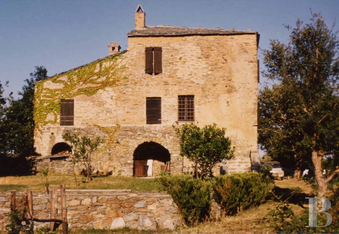 An 18th century house with well-preserved surroundings in Haute-Corse - photo  n°5
