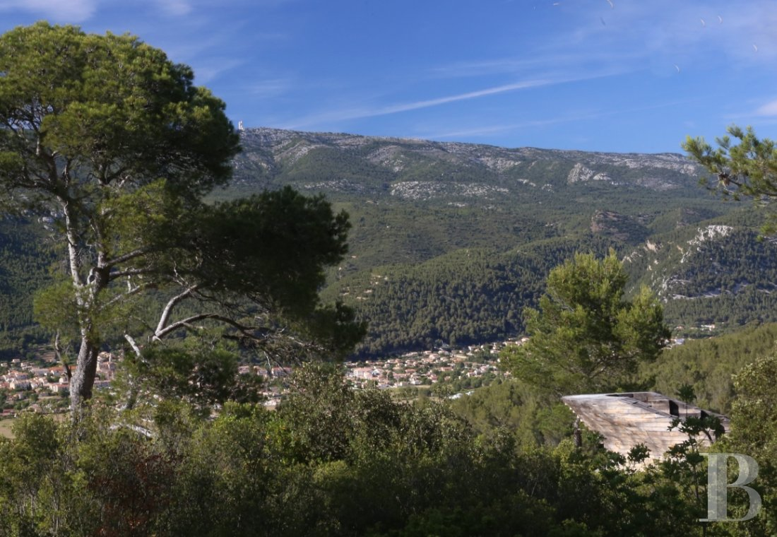 A vast estate with three gites in a nature reserve in the the Var - photo  n°7