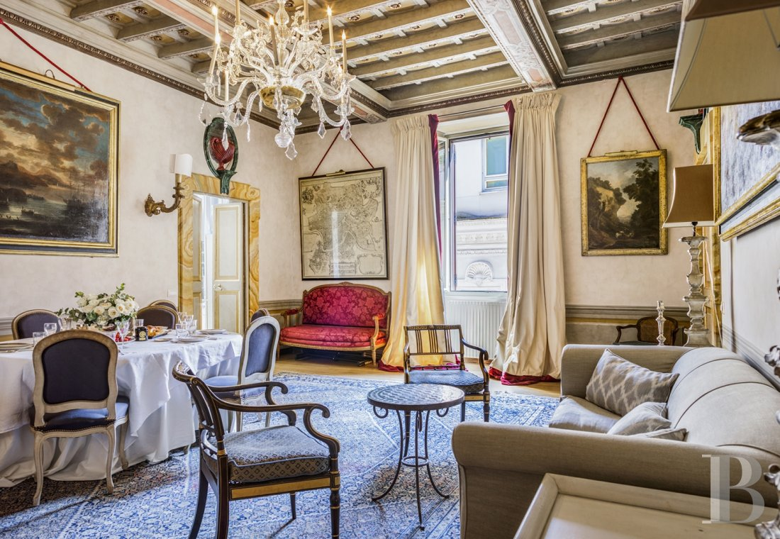 An apartment in a 16th century palazzo very close to Piazza Navona in Rome - photo  n°7
