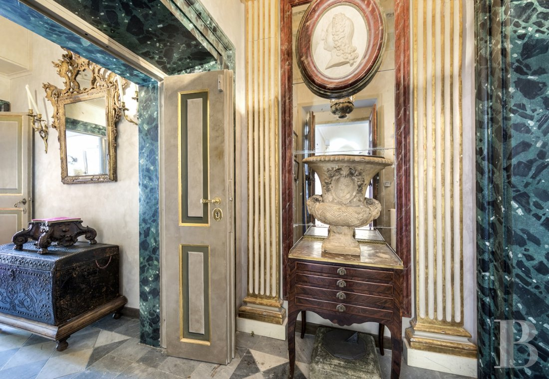 An apartment in a 16th century palazzo very close to Piazza Navona in Rome - photo  n°5