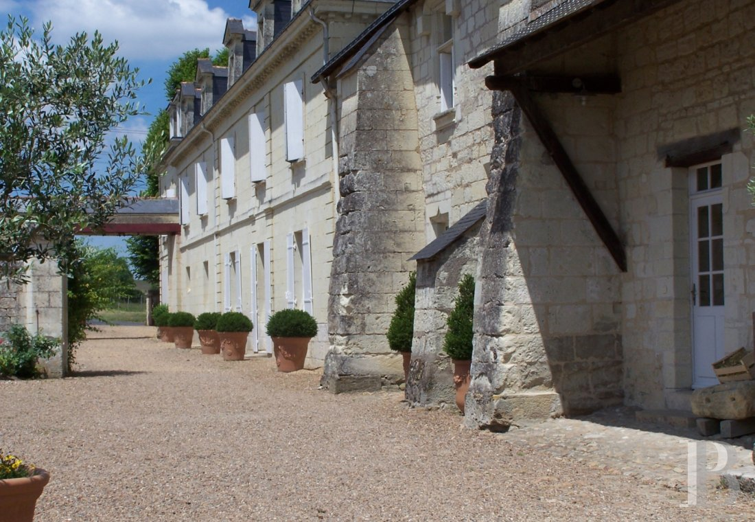 A family house with monastic origins transformed into a hotel and guest house right by the banks of the Loire, between Saumur and Chinon - photo  n°11