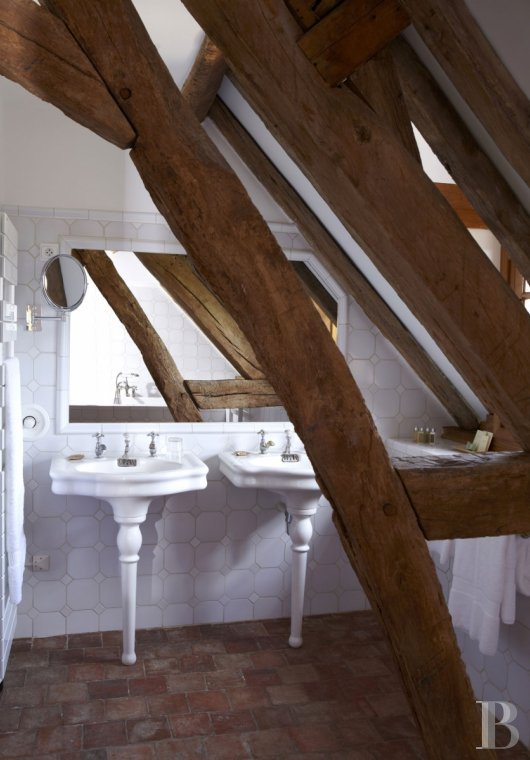 A guesthouse and spa like no other,  just an hour and a half from Paris in the heart of the Puisaye region - photo  n°26