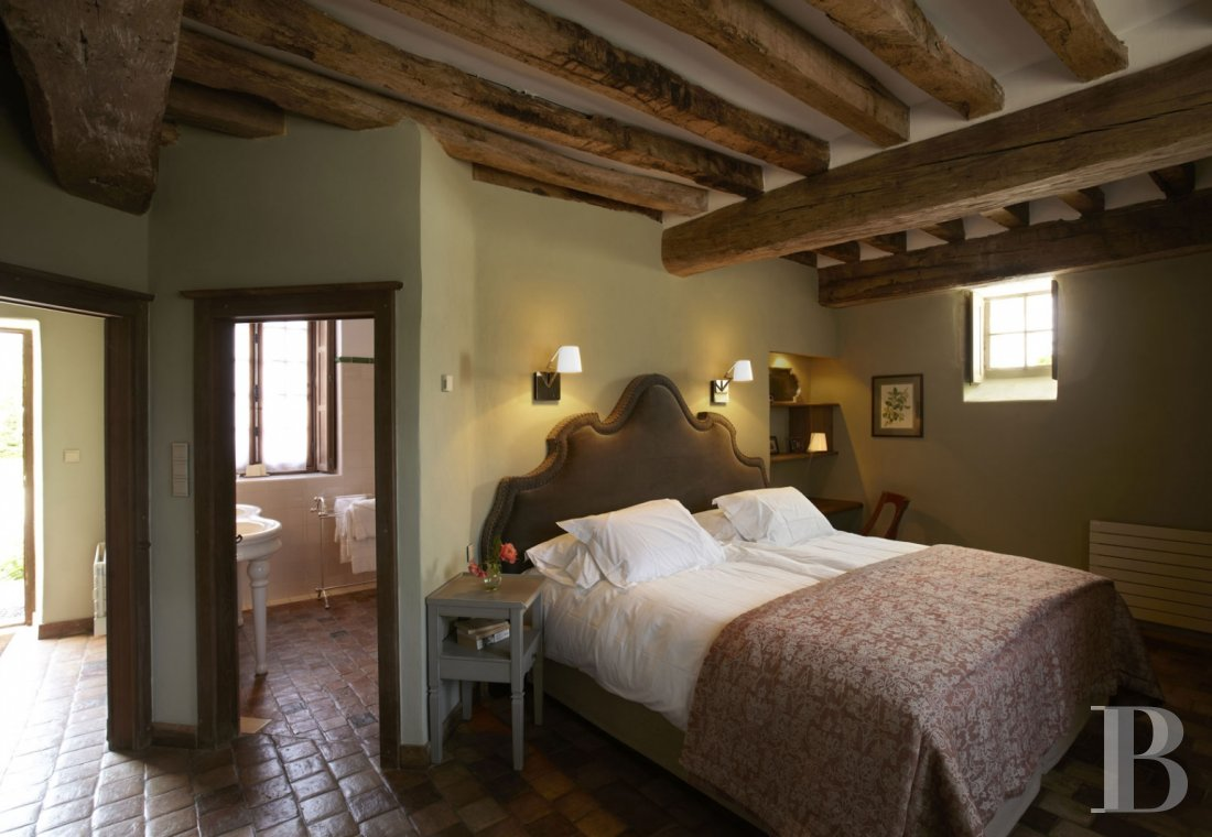 A guesthouse and spa like no other,  just an hour and a half from Paris in the heart of the Puisaye region - photo  n°20
