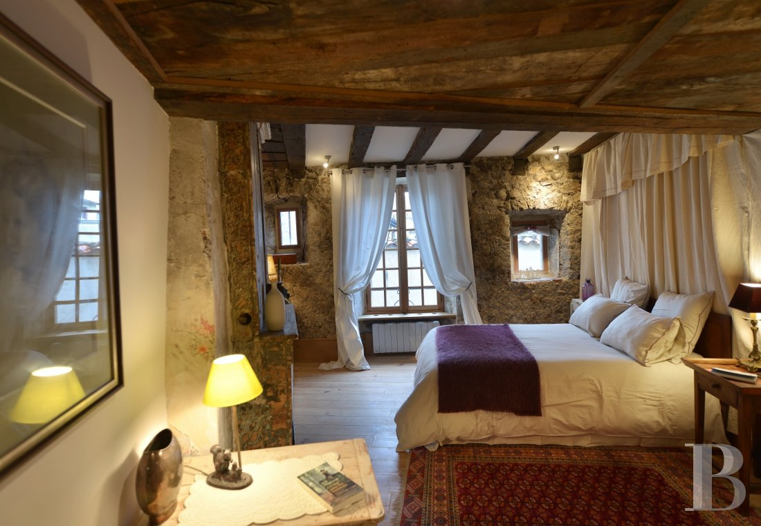 A medieval house that takes you back in time in the centre of Aurillac, the capital of Haute-Auvergne - photo  n°15