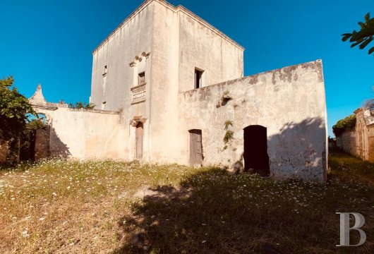 A 17th century, traditional masseria farmhouse and its citrus garden, 4 km from the sea in the countryside around Nardò