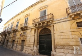 A luxurious palace, once home to Salento's most prestigious family, facing the Baroque Saint-Joseph's church near to ...